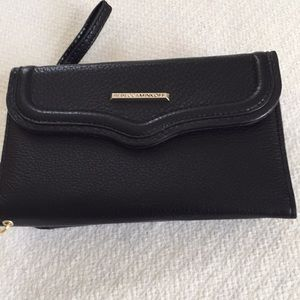 Rebecca Minkoff cell phone. And credit card case🌷